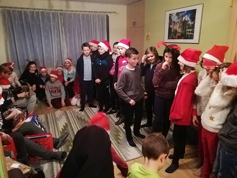 Mikołajki w Domu Dziecka 5a - 2018 - zdjęcie 1