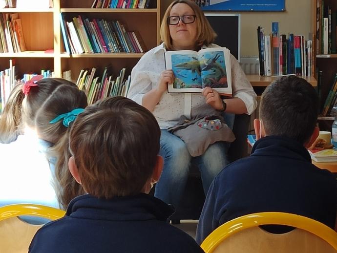 Spotkania autorskie z Justyną Bednarek w naszej bibliotece