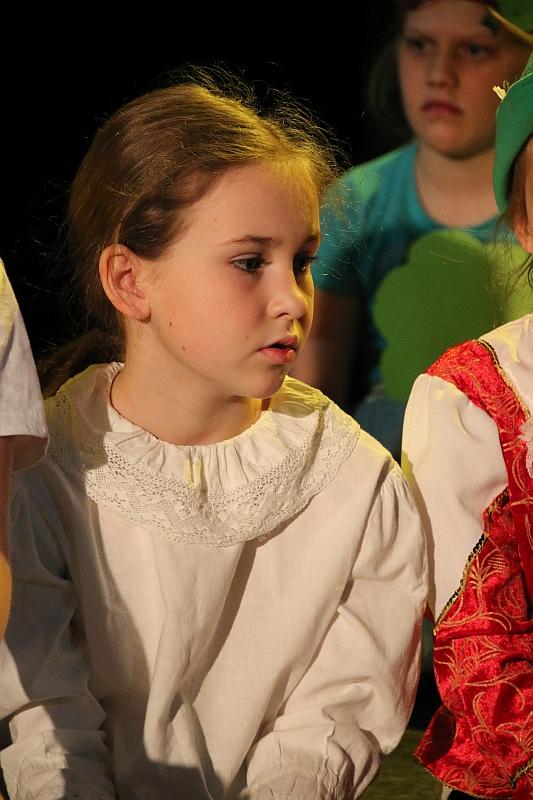 Koło teatralno-artystyczne klas II i III - zdjęcie 26