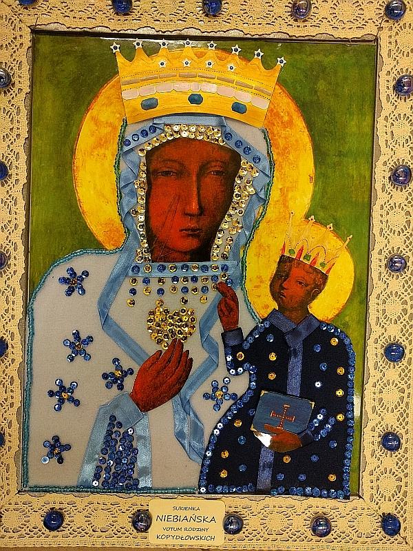 Suknia dla Maryi - votum mojej rodziny - zdjęcie 8