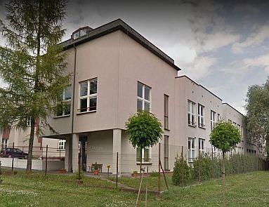 gimnazjum budynek