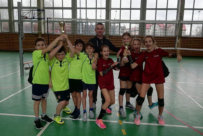 mikołajowy turniej siatkówki 2018